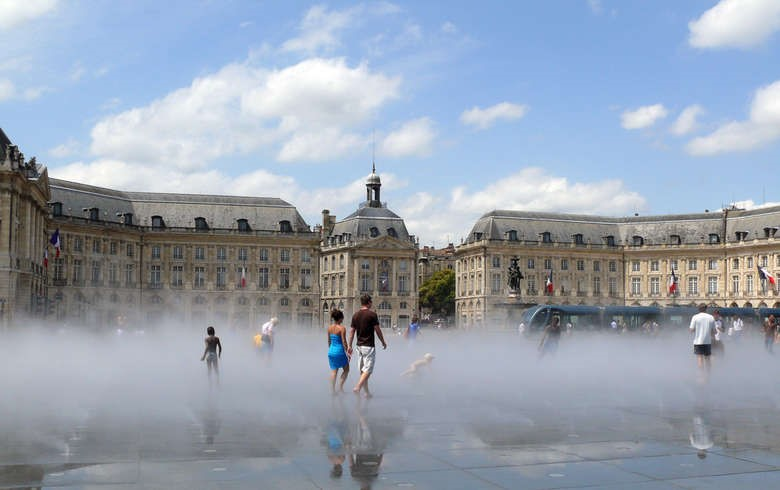 ... on the fog side - Bordeaux Citybreak Roadtrip Escapade Adventure Getaway